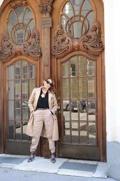 Inspire and pick the perfect layers of clothes to master your look.Go for it with a trenchcoat a staple piece that women of all ages swear at.