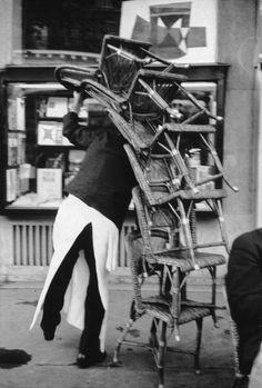 henri cartier-bresson(1908-2004), france. paris. flore café. 1959 http://pro.magnumphotos.com/Asset/-2S5RYDZ65RTC.html