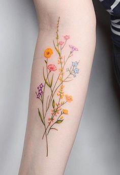 Mini Tattoos, Small Tattoos, Girly Tattoos, Tattoo Trend, Henna Tattoo Designs, Flower Tattoo Designs, Piercings, Piercing Tattoo, Aquarell Tattoos