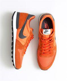 d03da687d48471 Nike Internationalist in burnt orange