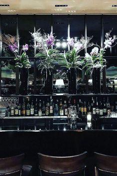 Bar interior design can give you the finest lighting inspiration. #modernchandeliersblog #lifestylebyluxxu #luxxumoderndesignliving #luxurydecoration #luxury #bar #designideas #bardesign #lighting #interiordesign Luxury Bar, Luxury Decor, Bar Interior Design, Modern Chandelier, Entertaining, Lighting, Inspiration, Style, Biblical Inspiration