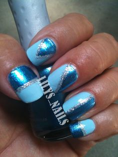 31 day challenge 2012: Day 05, Blue nails