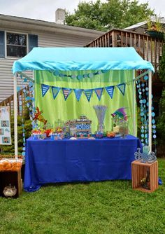 Under The Sea Party using { Miss Party Mom's } How-To PVC Canopy Tutorial
