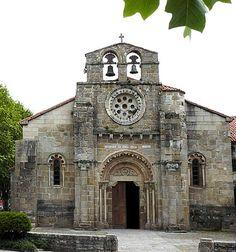 Santa María de Cambre, no estilo romano -  Município de Cambre, Província de La Coruña, Espanha.