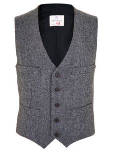 Inte kanske med två bröstfickor, men annars... Men's Tweed Waistcoat... im all about some tweed