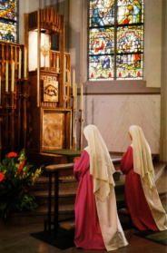 Come Holy Spirit! Holy Spirit Adoration nuns at Adoration