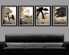 Poster-Set (Sepia)  Set beinhaltet Poster 1: An an Poster 2: X-Wing Poster 3: Tie Fighter Plakat 4: Falcon  13 x 19 (macht 52 x 19 Zoll, wenn nebeneinander) 24 x 36 (macht 96 x 36 Zoll, wenn nebeneinander)  Möchten Sie diese Kunst in Sonnengelb - zu sehen klicken Sie auf untenstehenden link https://www.etsy.com/listing/172797532/force-inspired-minimalist-movie-poster?ref=shop_home_active_3   Möchten Sie diese Kunst in Cool Blue - zu sehen klicken Sie auf untenste...
