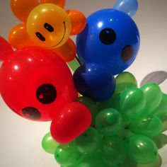 Plants vs Zombies balloons Kids Zombie Party, Zombie Birthday Parties, 10th Birthday, Balloon Decorations, Birthday Decorations, Birthday Party Themes, Balloon Ideas, Plants Vs Zombies, Plantas Versus Zombies