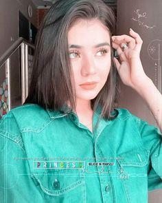 Cute Girl Poses, Girl Photo Poses, Girl Photos, Cute Girls, Aiman Khan, Girls Dp Stylish, Asian Beauty, Photo Art, Actresses