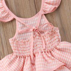 Vestido de niña con triple vuelo y tirantes 15 Dresses, Girls Dresses, Bicycle Workout, Dress Neck Designs, Pink Outfits, Pink Fashion, Ruffle Dress, Pink Girl, Rompers