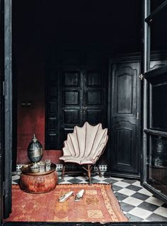 Travel map: where to stay in Marrakech - dar darma (Photo: Reproduction) Bohemian Interior Design, Interior Design Tips, Best Interior, Kitchen Interior, Interior Inspiration, Interior And Exterior, Interior Plants, Interior Sketch, Cafe Interior