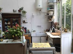 Loft in Paris, France. Charming appartement (very orignal) in the 18 arrondissement, very bright and well located.    Spacious artist studio of 95m2 nearby Montmartre. It's a first floor. The leaving room is 45m2 large, 6m high ceiling with a mezzanine (acces with a lad...