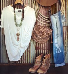 Online western boutique more country western outfits, women's Cowgirl Mode, Estilo Cowgirl, Estilo Hippie, Gypsy Cowgirl Style, Western Chic, Western Wear, Western Style Clothing, Mode Country, Estilo Country