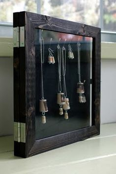 How to make a jewelry organiser from photo frames