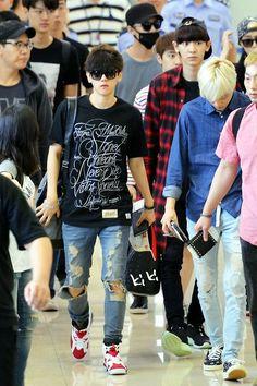 140629- EXO Byun Baekhyun (ft. Kai [Kim Jongin] and Park Chanyeol) #airport #fashion #exok
