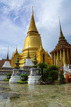 On the grounds of the Grand Palace in Bangkok, Thailand   Flickr - Photo Sharing!