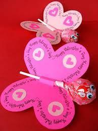#traktatievlinder - #treat butterfly Check http://www.mamaweetjes.nl/tips-trics/school-traktatie-maken-de-26-leukste-ideeen/ voor meer traktatie ideeën!