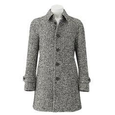 バーバリーブラックレーベルより2014年秋冬新作コートをご紹介します。 ツイード風の素材感で知的な印象のコートになていますよ。 詳細はこちら>http://bbl-shop.com/?pid=83891989