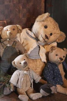 Some of my early bear......                                     www.arnettscountrystore.com