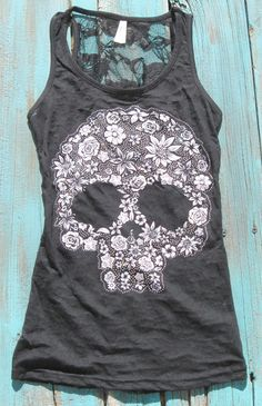 I like bones and skulls on clothing. Sugar Skull Tank Top with rhinestones burn out with flower skull tattoo print and lace back Skull Tank Tops, Look Fashion, Womens Fashion, Lolita Fashion, 50 Fashion, Fashion Styles, Estilo Rock, Mein Style, Diy Couture