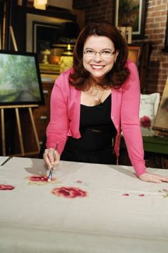 """Pendant le tournage du DVD """"Les roses"""" de la collection """"La peinture, ça s'apprend!"""" par Denise Lefebvre"""