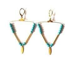 BO créoles triangle Howlite via AMAbijoux. Click on the image to see more!