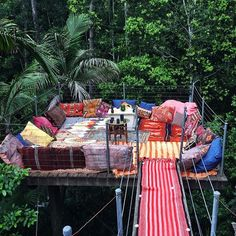 A bohemian tree top hideaway . The beautiful treetop hideaway is an awesome place to spend time and chillout with family . Boho Lifestyle, Outdoor Spaces, Outdoor Living, Outdoor Lounge, Outdoor Trees, Outdoor Fire, Outdoor Seating, Dream Mansion, In The Tree