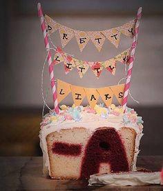 Pretty Little Liars cake <3