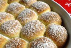 14 pihe-puha, foszlós bukta, aminek nem lehet ellenállni Hungarian Recipes, Hungarian Food, Sweet Life, Sweet Bread, Cake Cookies, Biscotti, Cornbread, Cake Recipes, Deserts