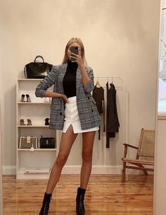 Winter Fashion Outfits, Look Fashion, Fall Outfits, Paris Outfits, Classy Fashion, Classy Winter Outfits, Fall Fashion, Christmas Ootd Casual, Night Out Outfit Classy