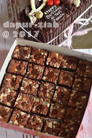 dapur-ziah by mama'e Zie: Brownies Kilap ala Dapur-Ziah Brownie Recipes, Cookie Recipes, Marmer Cake, Resep Cake, Egg Cake, Brownie Cake, Brownie Cookies, Fudgy Brownies, Cake Cookies