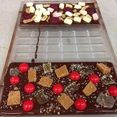 Dark chocolate and lots of toppings!  #darkchocolate #eeeeeats #chocoholic #sweettooth #foodie #instafood #picoftheday #winner #yum