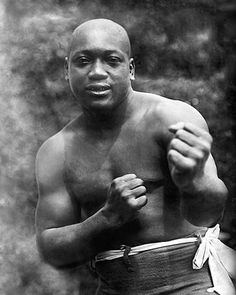 First African American heavyweight boxing champion: Jack Johnson. Jack Johnson Boxer, Combat Boxe, Donald Trump, Heavyweight Boxing, Photo Star, Boxing History, Champions Of The World, Boxing Champions, Black History Facts