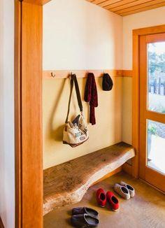 meubles en bois brut, idées déco d'entrée