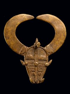 Ivory Coast | 'Buffalo' ring from the Senufo people | Cast brass | Est 150 - 1000€ ~ (Jan '15)