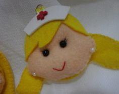 chaveirinho-em-feltro-enfermeira-chaveiro-profissoes.jpg (244×194)