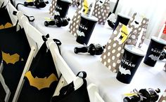 22 Batman Birthday Party Ideas via @spaceshipslb