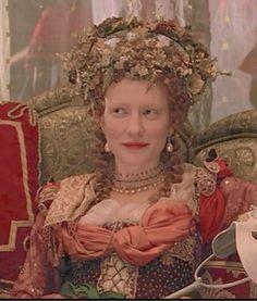 Queen Elizabeth I (Cate Blanchett) 'Elizabeth Tudors: The Golden Age' Costume designed by Alexandra Byrne. Film Elizabeth, Elizabeth The Golden Age, Queen Elizabeth, Cate Blanchett, Theatre Costumes, Movie Costumes, Cosplay Costumes, Tudor Costumes, Period Costumes