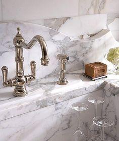 Interni marble luxury : rustic by ashlar marmi pregiati,rustic Luxury Interior Design, Interior Design Kitchen, Design Bathroom, Modern Bathroom, Bathroom Interior, Romantic Bathrooms, Diy Home, Home Decor, Updated Kitchen