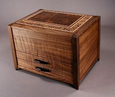 950 handcrafted wood jewelry box with inlay banding