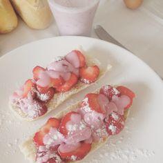 #notsohealthy #yummie #strawberries