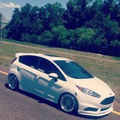 Ford Focus Sedan, Ford Girl, Ford Fiesta St, Vw Scirocco, Cars And Motorcycles, Muscle Cars, Dream Cars, Volkswagen, Saints