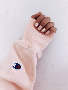 What manicure for what kind of nails? - My Nails White Nails, Pink Nails, Hair And Nails, My Nails, Cute Acrylic Nails, Nail Inspo, Nails Inspiration, How To Do Nails, Summer Nails