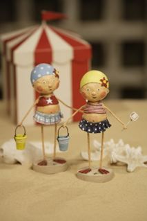 Bathing Beauties two adorable cuties, that love collecting shells and building sand castles at the beach on warm summer's days. Shop Lori Mitchell figurines now! Paper Mache Clay, Clay Art, Bjd, Paper Toy, Biscuit, Marionette, Arts And Crafts, Paper Crafts, Clothespin Dolls