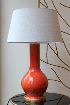 Lámpara de Mesa Color Mandarina Cerámica | Pottery Table Lamp Mandarin Orange Color. Detana, Madrid.