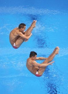 Troy Dumais and Kristian Ipsen finish THIRD in the Men's 3m springboard synchronized diving. #GoTeamUSA #USADiving #LondonOlympics
