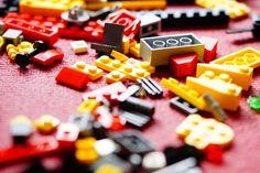 ¿todos los componentes son iguales? ¿Podemos jerarquizarlos o diferenciar en tipos de componentes?  Este articulo trata de ser un recorrido por los tipos de componentes que podemos usar en React. Vamos a diferenciar los tipos en dos categorizaciones, la categorización por comportamiento y la categorización estructural.    #componentes #react.js #reactjs