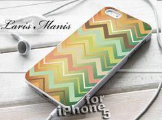 Colorful chevron nebula - desain case for iPhone 5