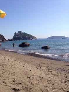 La Spiaggia e la Baia di Cartaromana (reachable by water taxi or 120 steps) - Ischia, Italy