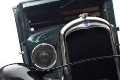 Découvrez C4 Fourgon et ses anecdotes ainsi que l'histoire de tous les véhicules qui font la légende de Citroën ! #CitroënOrigins  http://bit.ly/2tgarWi